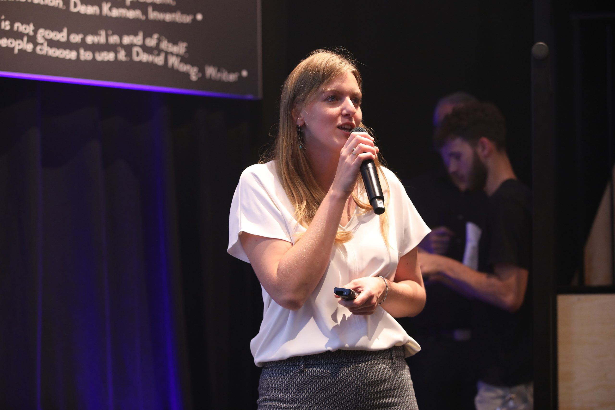 Immersive Showroom, How to create experiences for visitors with and without disabilities? Alexandra Verdeil, Managing Director Tactile Studio Germany